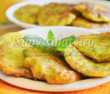 кабачковые оладьи с манкой