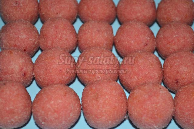 розовые бурфи из кокосовой стружки