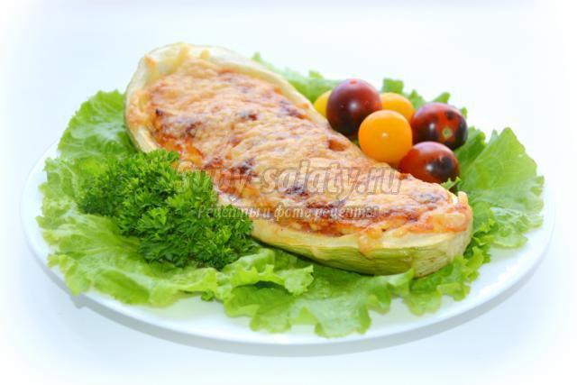 вегетарианский фаршированный кабачок с сыром