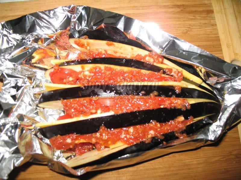 баклажаны запеченные с сыром и томатами