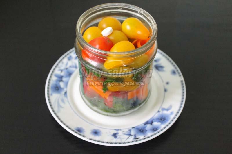 помидоры маринованные с морковью на зиму