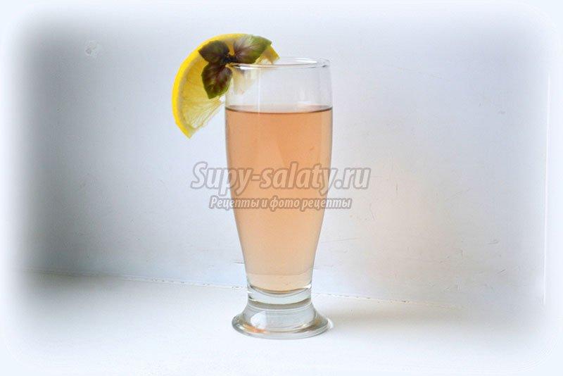 Бодрящий напиток из базилика с лимоном. Рецепт с фото