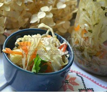 стерилизованный салат из капусты на зиму