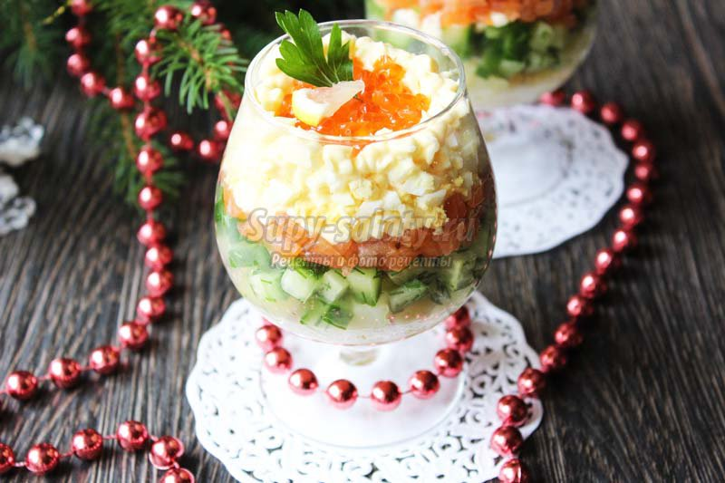 рецепт салата с морепродуктами и зеленью
