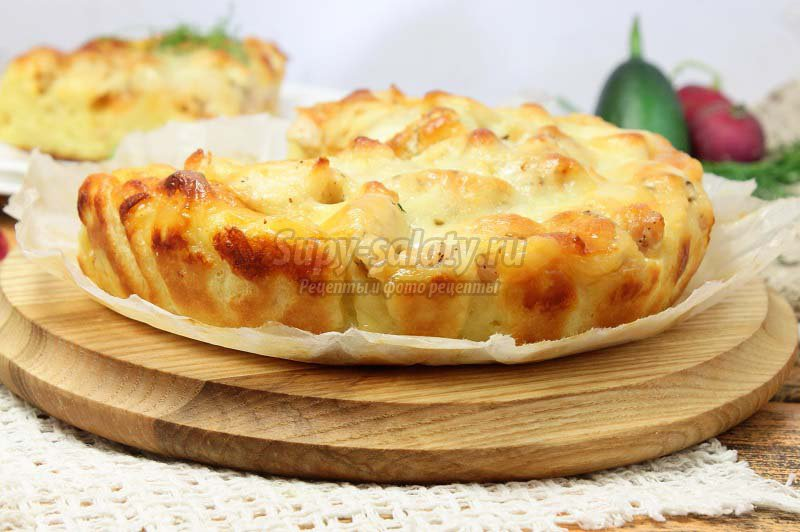 Пирог жульен с курицей и грибами