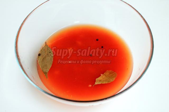 мясные шарики в чесночно-томатном соусе
