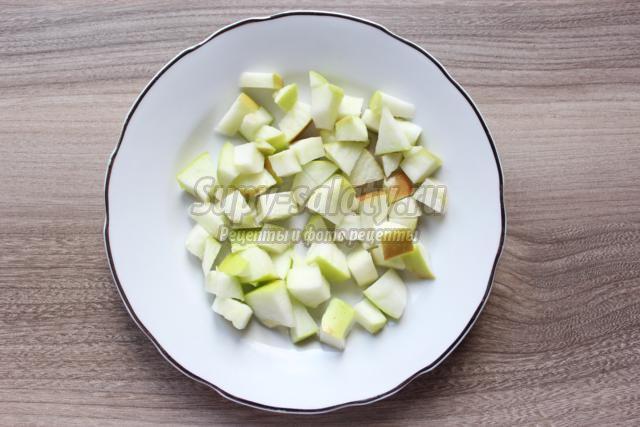 салат из свеклы с яблоком и сельдью