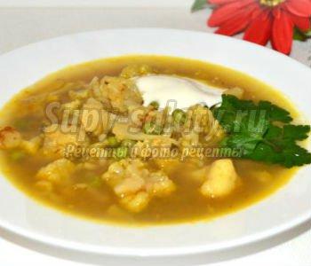 суп из цветной капусты с зеленым горошком