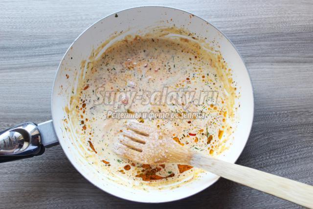 рыба с фенхелем под помидорным соусом