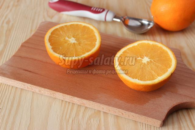 салат из крабовых палочек в апельсинах к Новому году