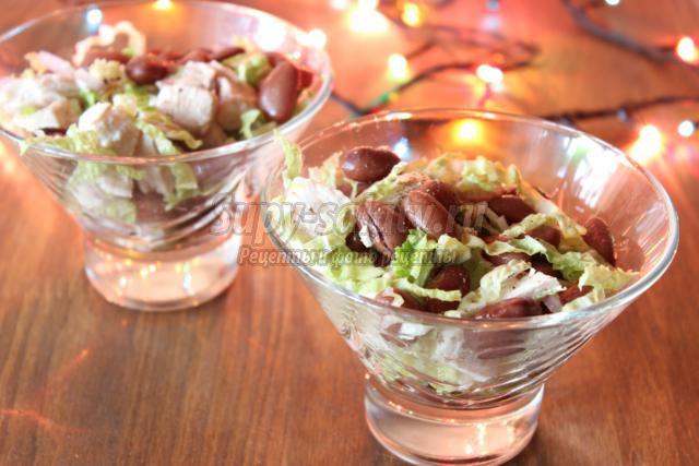 салат с курицей и фасолью к Новому году