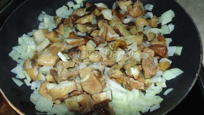 рецепт салата куриное филе грибы
