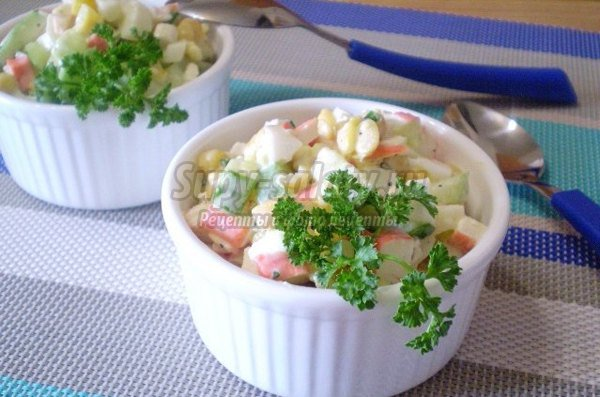 Салат крабовый с кукурузой: вкусные рецепты с фото