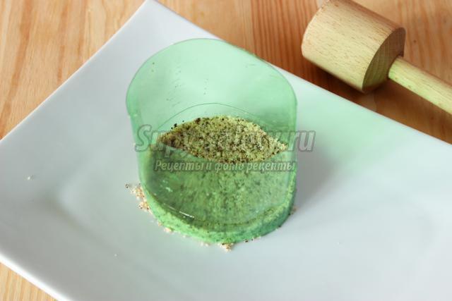 селедка под шубой с орехами