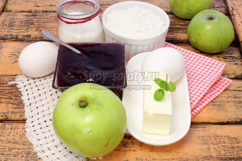 пирог +с яблочным вареньем