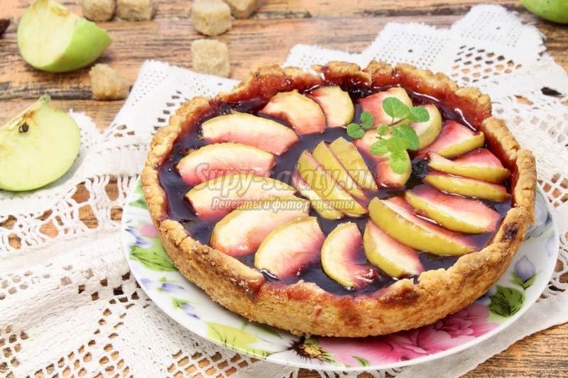 пирог с яблочным вареньем фото