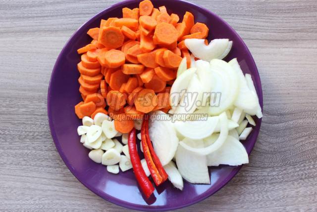 треска с овощами в томатном соусе