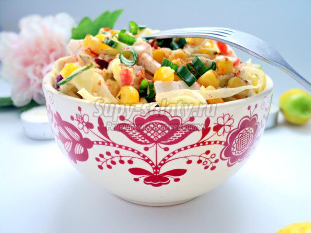 обычный салат с крабовыми палочками рецепт