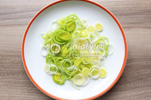 постный салат с цукини и дайконом