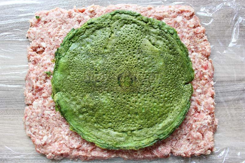 мясной рулет со шпинатом