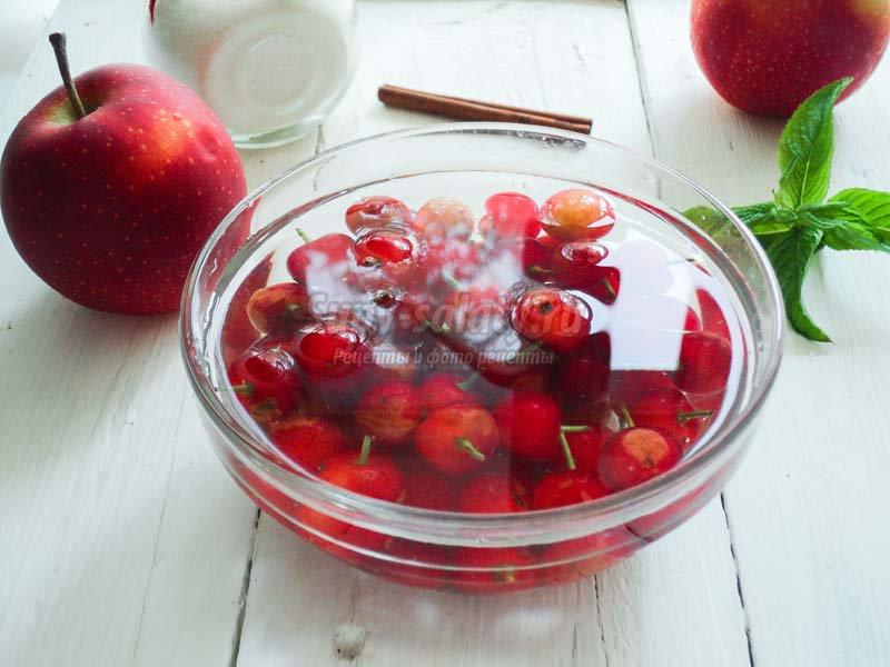 вишнево-яблочный джем