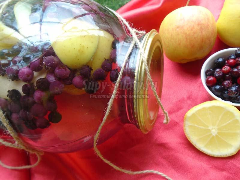 компот из ирги и яблок на зиму