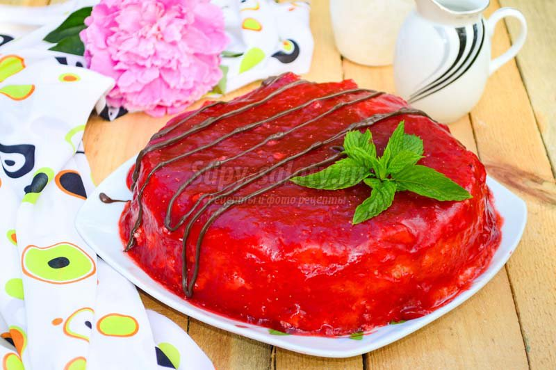 клубничный торт в мультиварке