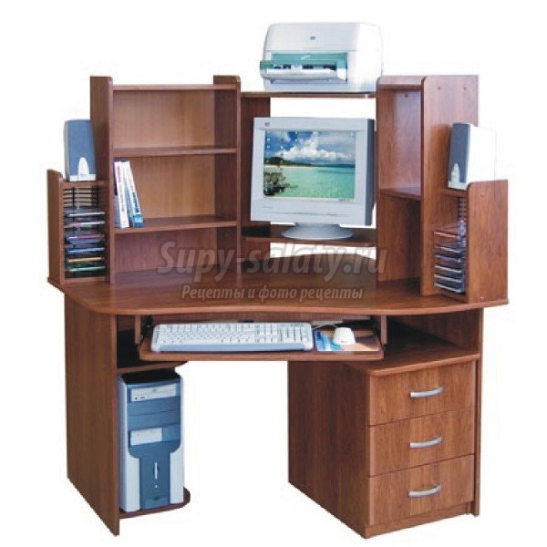 Каким должен быть идеальный компьютерный стол
