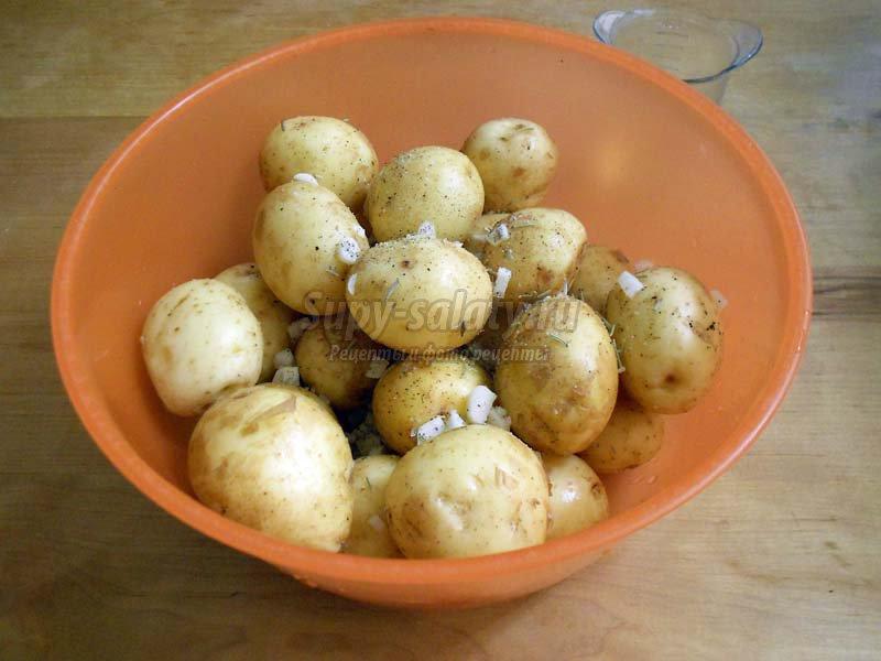 запеченная картошка в духовке рецепт с маслом