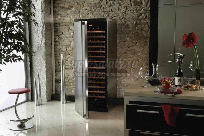 Выбираем винный шкаф для дома правильно