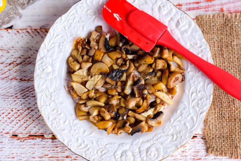 салат мясной с грибами рецепт