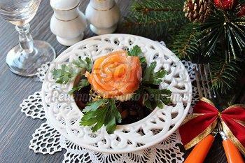 салат из свеклы и рыбы