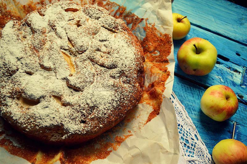 Шарлотка с яблоками и грушами рецепт с фото в мультиварке