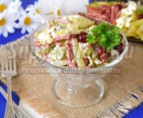 Салат с маринованными огурцами: пошаговые рецепты с фото